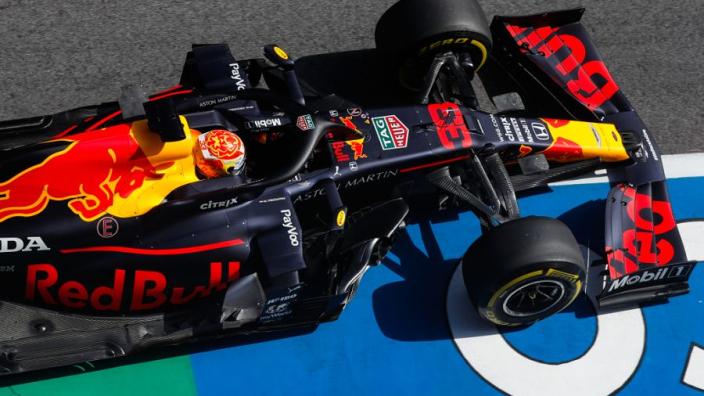 """Albon uit vertrouwen: """"Red Bull goed met banden, Honda goed in hitte"""""""