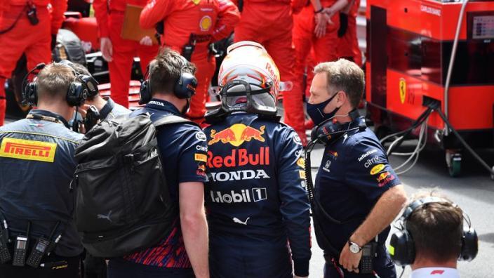 Doornbos looft Red Bull en Verstappen: 'Altijd opnieuw op zoek naar juiste afstelling'