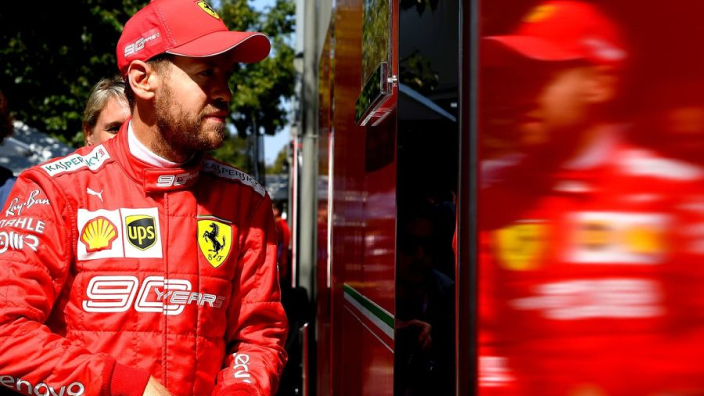 Vettel: 'Heb dezelfde auto als tijdens de wintertest, maar doet niet hetzelfde'