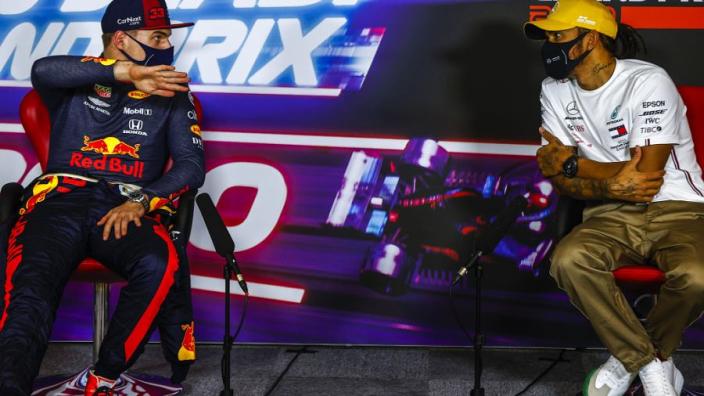"""Webber over Verstappen: """"Op de zondag geen Hamilton, maar dat is normaal"""""""