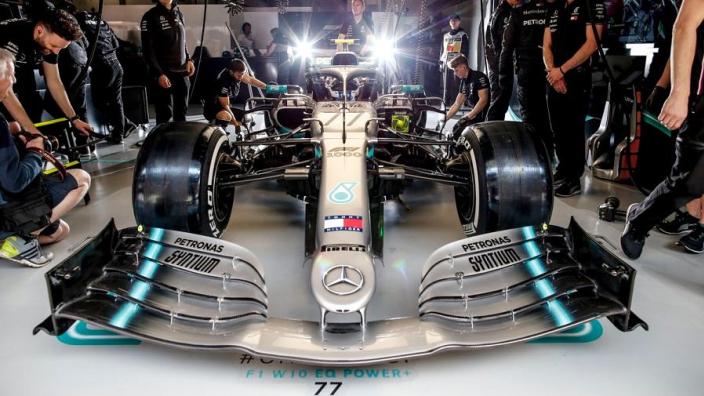 Mercedes doit modifier son nouvel aileron avant