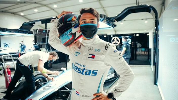 De Vries over nieuwe rol binnen Mercedes: 'Kwam vrij snel na mijn rookietest ter sprake'