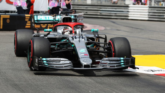 VIDÉOS : Hamilton souffre mais s'impose à Monaco, en hommage à Lauda