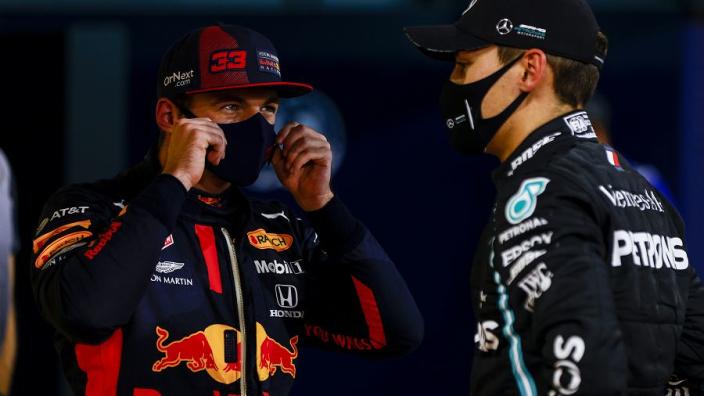 """Alonso: """"Invalbeurt Russell liet zien hoe de F1 in elkaar steekt"""""""