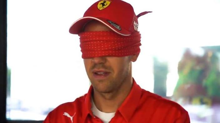 VIDÉO : Vettel et Leclerc dessinent le circuit de Barcelone les yeux bandés