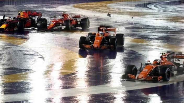 VIDEO: Alle hoogtepunten van de race in Singapore