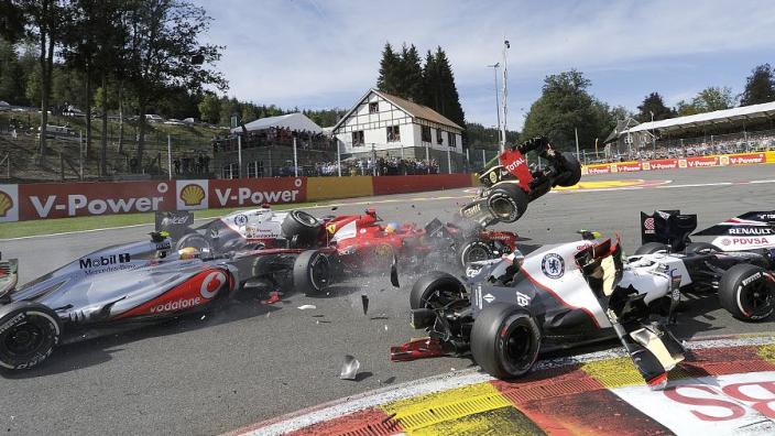 VIDEO: Multi-car crash at Spa in 2012!