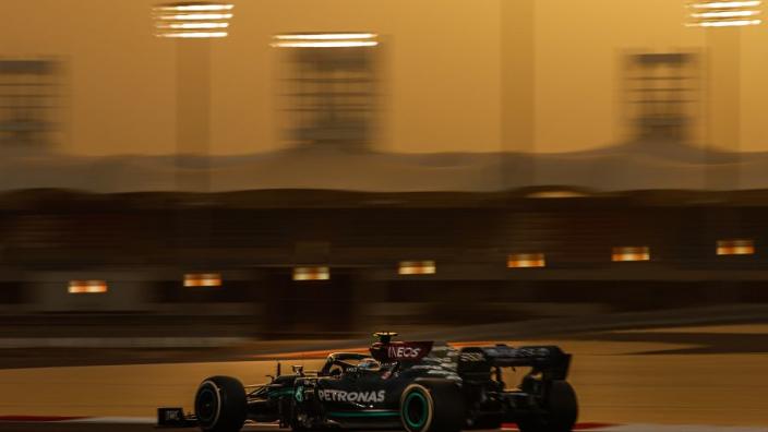 De zaterdagmiddag in Bahrein: Bottas het snelst, vreemde situatie bij Perez