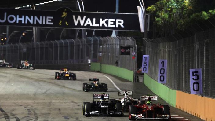 (VIDÉO) Singapour 2012 : Le dépassement fou de Massa sur Senna