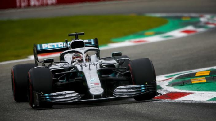 Hamilton points finger at Ferrari after Monza Q3 chaos