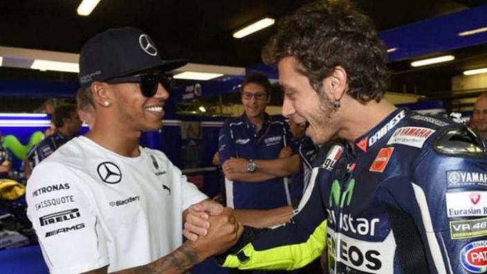 Gaan Hamilton en Rossi dit jaar nog van stoeltje ruilen?