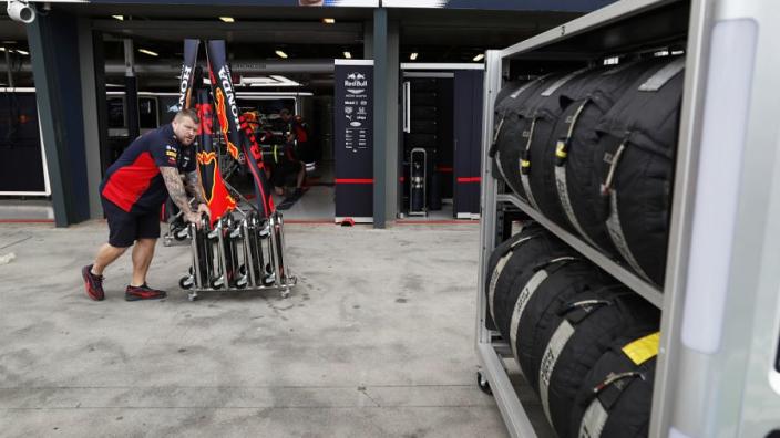 Report: F1 teams to take mandatory early summer break