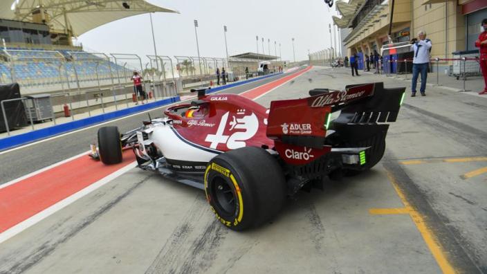 Schumacher test praised by Vettel, Alfa