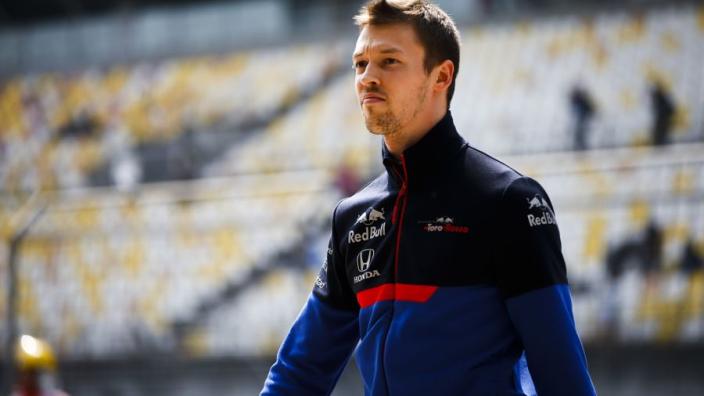 Kvyat: 'F1 moet stoppen met de vrije training op vrijdag'