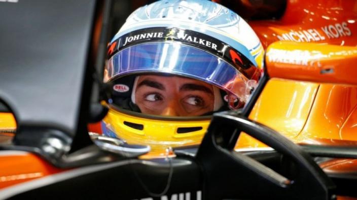 """Webber snapt keuze Alonso: """"McLaren was toch beschamend slecht"""""""