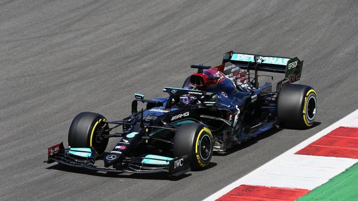 Hamilton legt uit waarom hij niet voor de snelste raceronde is gegaan in Portugal