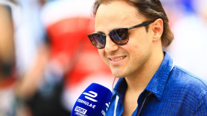 """Felipe Massa: """"Ferrari heeft moeite met de enorme druk"""""""
