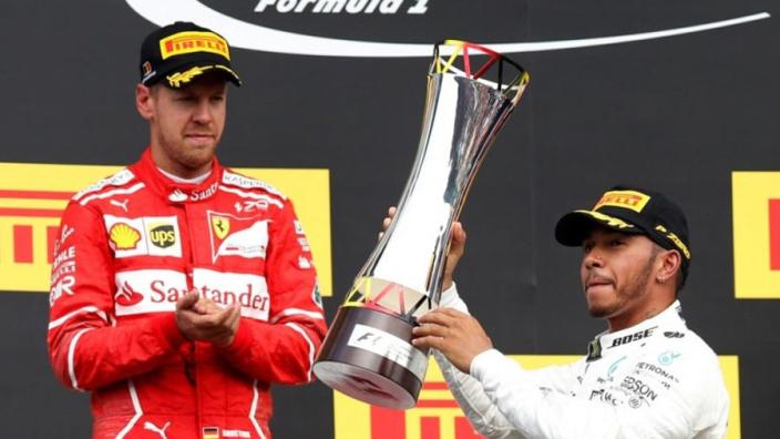 Nico Rosberg: 'Verschil tussen Hamilton en Vettel komend seizoen kleiner'