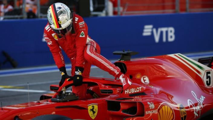 """Vettel weigert handdoek te gooien: """"Er is nog steeds een kans"""""""