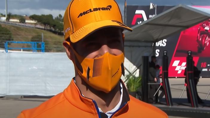 """HAHA! Ricciardo over de lengte van zijn geslachtsdeel: """"Misschien andere carrière na F1"""""""