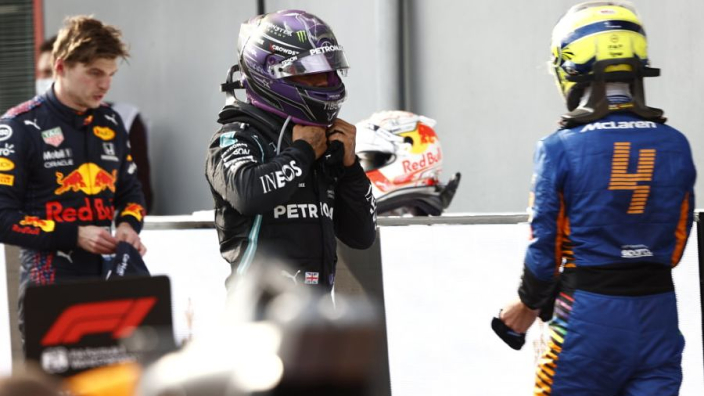 """Villeneuve: """"Hamilton is het niet meer gewend om risico te nemen"""""""