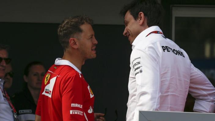 """Wolff bevestigt: """"Vettel onderhandelt op dit moment met Racing Point"""""""