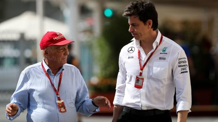 Toto Wolff: 'Niki Lauda was uniek en laat een grote leegte achter'