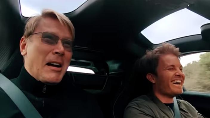 VIDEO: Nico Rosberg geeft gas in de McLaren van Mika Hakkinen