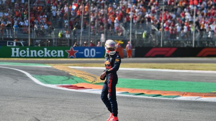 Italiaanse media eensgezind: 'Verstappen ging te ver op Monza'