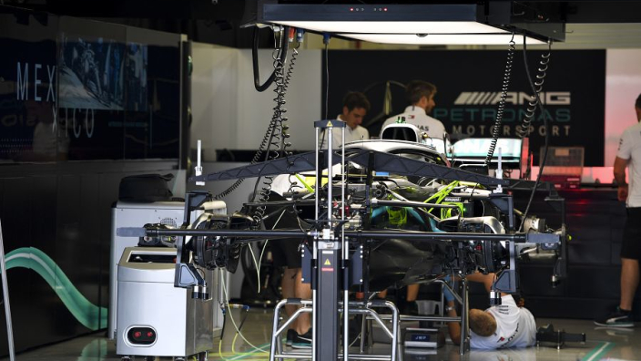 Mercedes - Lower rear wishbone as good an innovation as DAS