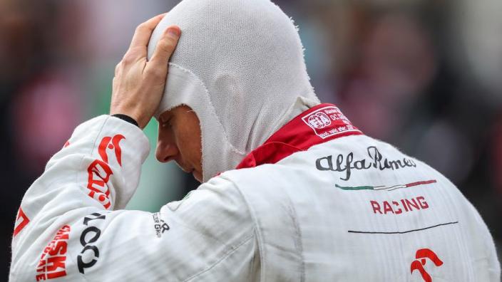 FIA deelt ook strafpunten uit aan Räikkönen voor 'vermijdbare botsing'