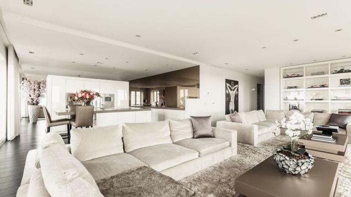 Even binnenkijken: Victoria Verstappen zet luxe miljoenen-penthouse op Funda