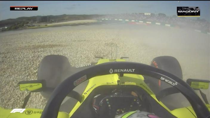 Ricciardo rijdt bolide in de muur in slotfase Q2