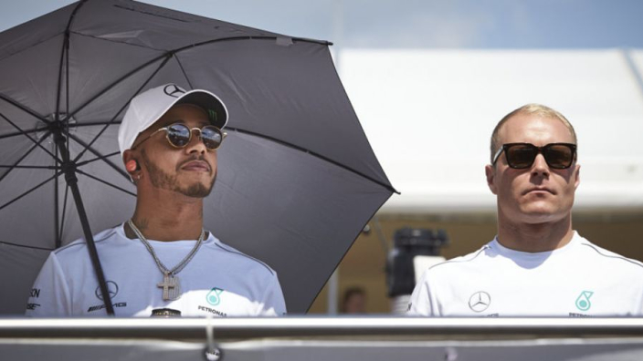 Bottas urged to 'annoy' Hamilton by former Mercedes driver