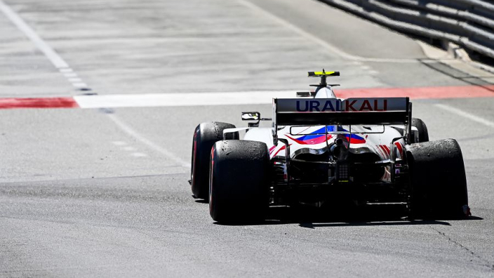 """Haas """"on the limit"""" of rear-wing flexing - Steiner"""
