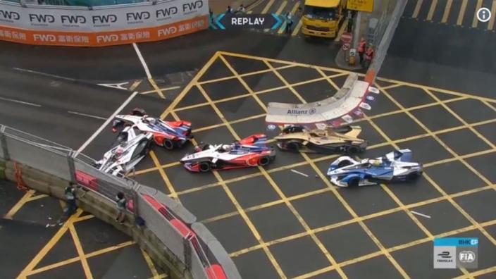 VIDEO: Wehrlein in three-way crash to red flag Formula E Hong Kong race