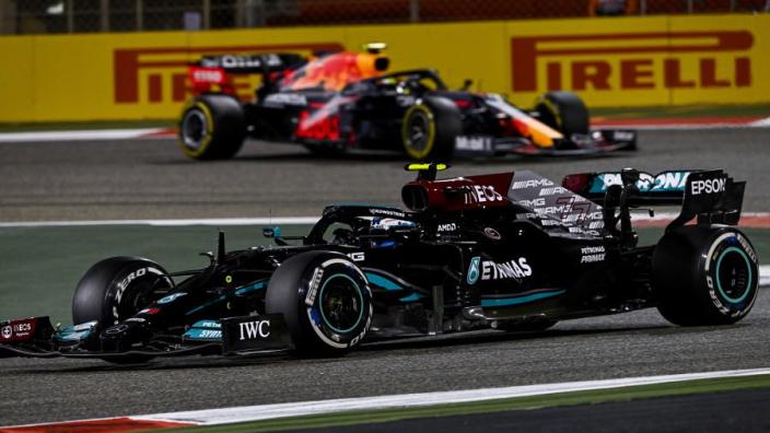 """Brundle: """"De auto van Mercedes werkt op dit moment gewoon niet goed"""""""