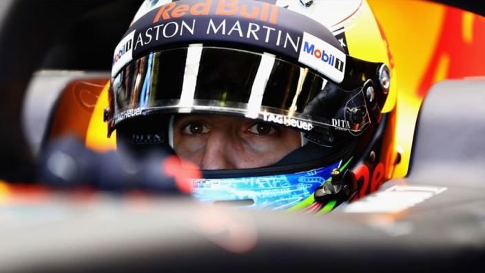 VIDEO: Ricciardo reveals striking 2019 helmet design