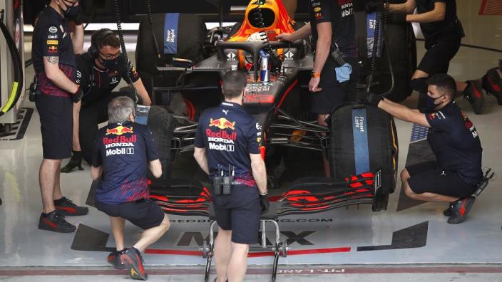 Tweede plaats Verstappen hakt erin bij Red Bull: 'Zelden zo teleurgesteld gezien'