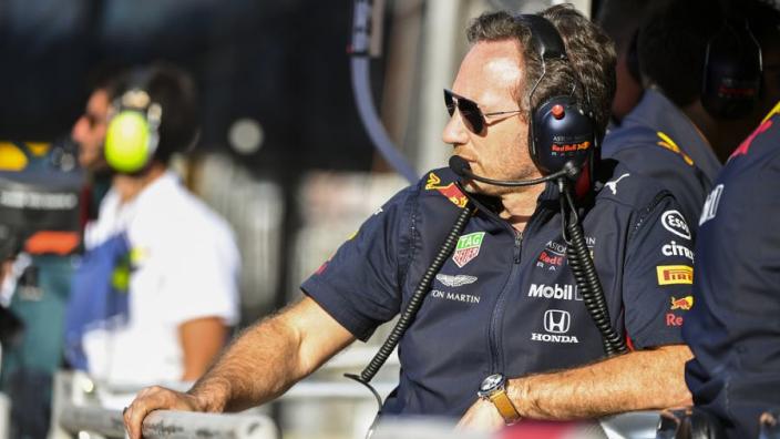 Kan Mercedes alle 21 races winnen dit seizoen? 'Zeg nooit nooit'