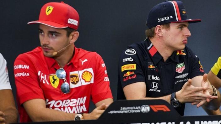 """Eddie Irvine: """"Leclerc is veel, veel beter dan Verstappen"""""""