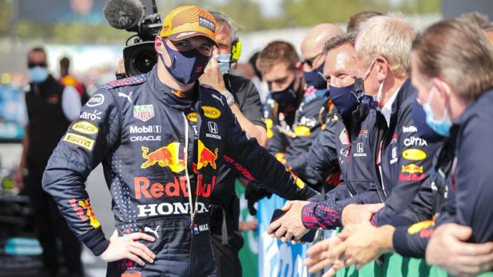 Verstappen: 'Misschien blijf ik mijn hele F1-carrière bij Red Bull'