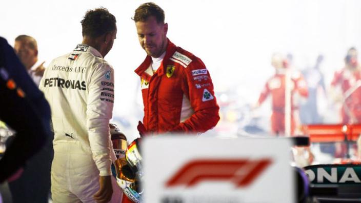 Nico Rosberg: 'Vettel meer toegewijd dan Hamilton, maar moet de controle overnemen'