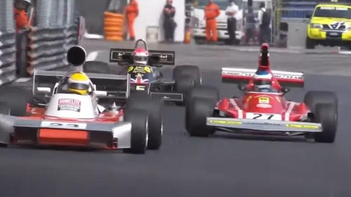 VIDEO: Alesi crasht met iconische Ferrari van Lauda in Historic Monaco Grand Prix