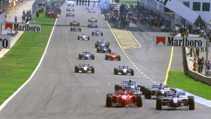 """Jacques Villeneuve: """"De Formule 1 was in mijn tijd veel beter"""""""