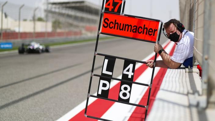 Brundle over race-nummer van Mick Schumacher: 'Lelijk, alle goede nummers waren bezet'