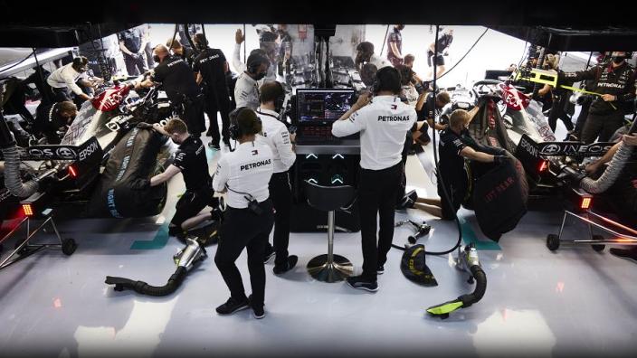 Mercedes blames computers, McLaren sends a 'great tribute' and Wolff loves sweary Bottas - GPFans F1 Recap