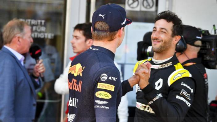"""Verstappen over oud-teamgenoot Ricciardo:  """"Het werd moeilijk voor hem"""""""