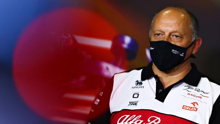 Alfa Romeo zit niet te wachten op rookie: 'Testdagen zijn beperkt'