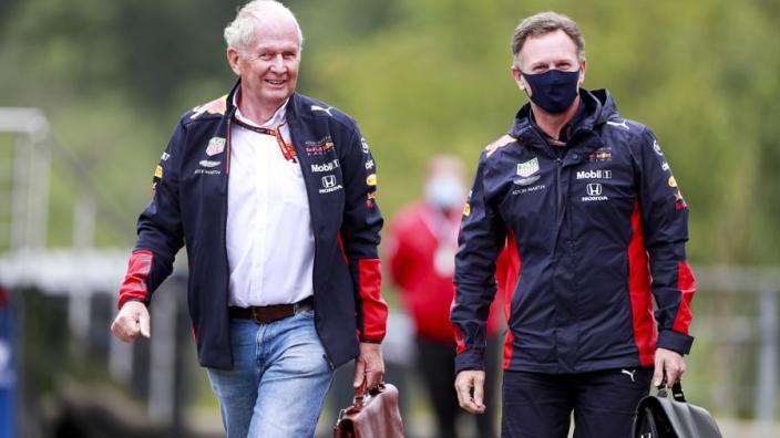Marko kritisch op Hamilton en Mercedes: 'Voerden een show op in Monza'